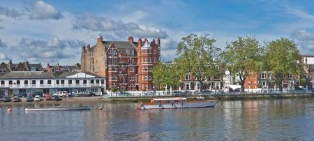Putney: At the Heart of London Rowing